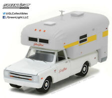 Greenlight 1:64 1968 Chevy C10 with Silver Camper (Hobby Exclusive)