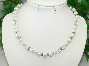 Halskette Kette Würfelkette Cube Würfel Perlen Glas Strass weiß  383j