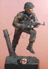 Kirin 120mm (1/16) Waffen-SS SS-Unterscharfuhrer Ardennes 1944 WWII w/Base 21539