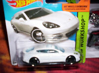 PORSCHE PANAMERA - HOT WHEELS - SCALA 1/55