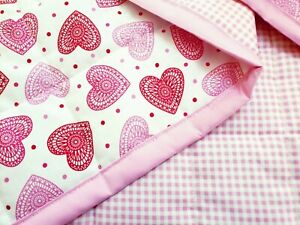 "NW HANDMADE""RED PINK HEARTS""35x43in COTTON GIRLS BABY/TODDLER  QUILT-GIFT IDEA"