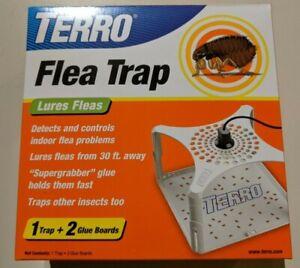 TERRO FLEA TRAP T230 INDOOR PEST TRAP KILLER Trap and 2 Glue Boards NEW IN BOX