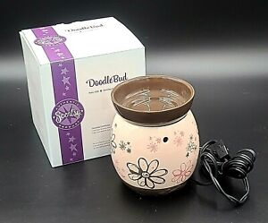 Scentsy Retired Doodle Bud NO BULB Full Size Wax Warmer Pink Brown Floral