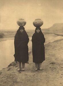 1972 EDWARD CURTIS Zuni Girls Clay Pots Native American Indian Large Art Photo
