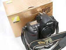 Nikon F6 Nr. 0030900 + Anltg. + Karton ausgezeichneter Zustd. F6 NEAR MINT boxed