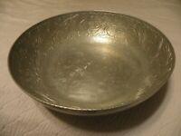 Vintage 10 1/8 inch hammered aluminum bowl marked Everlast