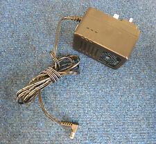 D-LINK AD-071A5D Adattatore Caricabatterie AC 12 W 7.5 V 1.5 A UK 3 PIN PLUG