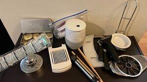 pampered chef lot: Microwave egg cooker, egg slicer, spoon rest, apple slicer