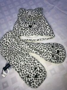 New Set of Baby Gap cool animal print cat beanie hat + scarf with pockets  M/L