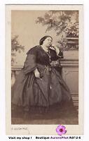 CDV COUTEM à VICHY : FEMME EN ROBE SOMBRE & BOLÉRO DENTELLE VERS 1865 -U6