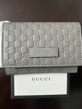 Gucci Microguccissima Card Case Wallet W/Snap Closure Gray. (Authentic)