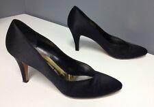 YSL YVES SAINT LAURENT Black Peau De Soie Classic High Heel Pumps Sz 8.5 B4183