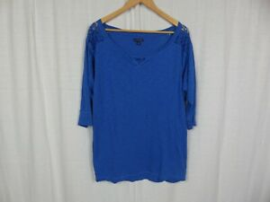 American Eagle Outfitters Women's Blue 3/4 Sleeve Shirt Lace Detail Size Large