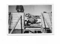 Foto, Geschütz im Eisenbahnwagen, Soldat