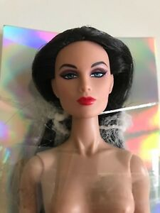 FASHION ROYALTY COLOR INFUSION GLOSS CONVENTION 2014 ADALINE KING DOLL NRFB