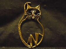 Large Gold Tone Cat Pin Brooch Kitty Designer Fashion Costume Jewelry Kitten Mod