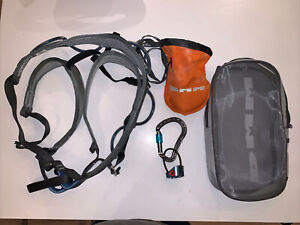 DMM Viper (Medium) Climbing Harness With Mammut Belay & DMM Chalk Bag- Used once