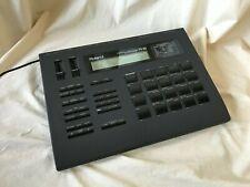 Roland R-8 Human Rhythm Composer Drum Machine NEW INTERNAL BATTERY