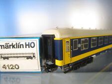 Märklin 4120 Liegewagen der belgischen Staatsbahn in blau / gelb