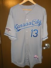 2014 KANSAS CITY ROYALS GAME ISSUED AUTO WORLD SERIES JERSEY SALVADOR PEREZ