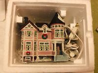 1999 Lemax Caddington Village Collection Porcelain Lighted House #95345 RARE