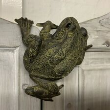 Frog Hanging Garden Fence Ornament Decoration Figure Vintage Style Toad Climbing