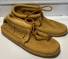 Women's MINNETONKA 481 Moccasin Shoes Size 7.5 Tan Suede Very Nice!