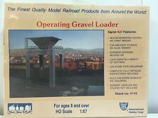 IHC, Operating Gravel Loader, HO Scale 1:87, Plastic Kit, Stock no. 4110
