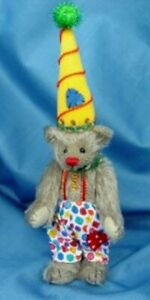 "DEB CANHAM'S ""COCO"" A LIGHT TAN MOHAIR, FULLY JOINTED, 7"" BEAR CLOWN/COLORFUL"