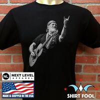 WILLIE NELSON PLAYING GUITAR CONCERT BLACK T-SHIRT