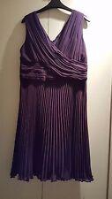 Magnifique robe violette taille 14 de Kalico convient soirée/mariage
