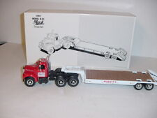 1/34 First Gear Diecast Manatts B-61 Mack Tandem Axle Trailer W/Lowboy W/Box