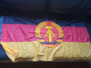 alte DDR Fahne Dederon ,  100 cm lang , neuwertig