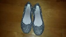 Bamboo Brands Silver Plastic Flats - size 7