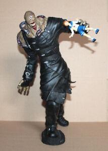 "Resident Evil 3 Nemesis Biohazard 16"" Nemesis Vinyl Statue Figure Palisades"