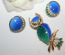 TRIFARI signed RARE ENAMEL PIN AND EARRING SET WITH RHINESTONES-EXCELLENT!!!!!