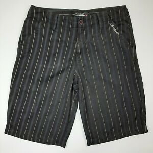Quiksilver Shorts Size 32 Black Front Back Pockets 35in Waist 22.5in Length