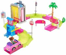 Barbie on the Go - Car Wash Playset FHV91