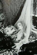 """Irina Ionesco montado Impresión de fotografía 16 X 12"""" 1975 II02 Erotica lesbiana Gótico"""