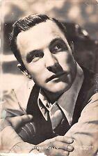 Actor Gene Kelly Metro Goldwyn Mayer, Carbones Kores, 1952