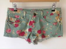 DENIM & CO SIZE 10 GREEN CORAL PINK FLORAL HOTPANT SHORTS HOLIDAY BEACH PRIMARK