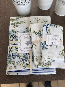 APRIL CORNELL TABLECLOTH 60 X 104  & 8 NAPKINS WHIE W FLOWERS, BIRDS NEW