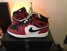Air Jordan 1 Mid Chicago Black Toe (GS) EU 38/US 5,5Y