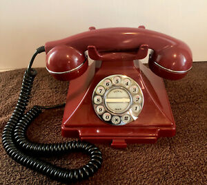 RARE CONAIR METROPOLIS RED DESK TELEPHONE PUSH BUTTON REPLICA ROTARY PHONE  NICE