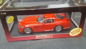 Modelautos 1:18 Viper Competition Coupe
