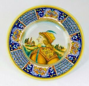 Vintage DERUTA  Dipinto A Mano Pottery Plate wall decor Renaissance Man portrait