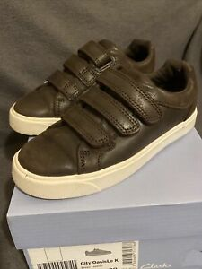 Boys Clarks City Oasis Lo Brown Leather Shoes Size Jnr 10