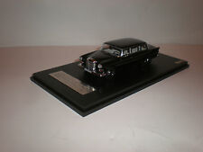 1/43 1965 Mercedes Benz 200 W110 Lang Binz  / GLM