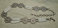 CHUNKY SILVER TONE LUCITE MEDALLION & WHITE FAUX LEATHER CHAIN LINK BELT