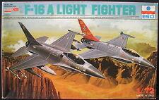 ESCI 9041 - F-16 A LIGHT FIGHTER - 1:72 - Flugzeug Modellbausatz - Model KIT